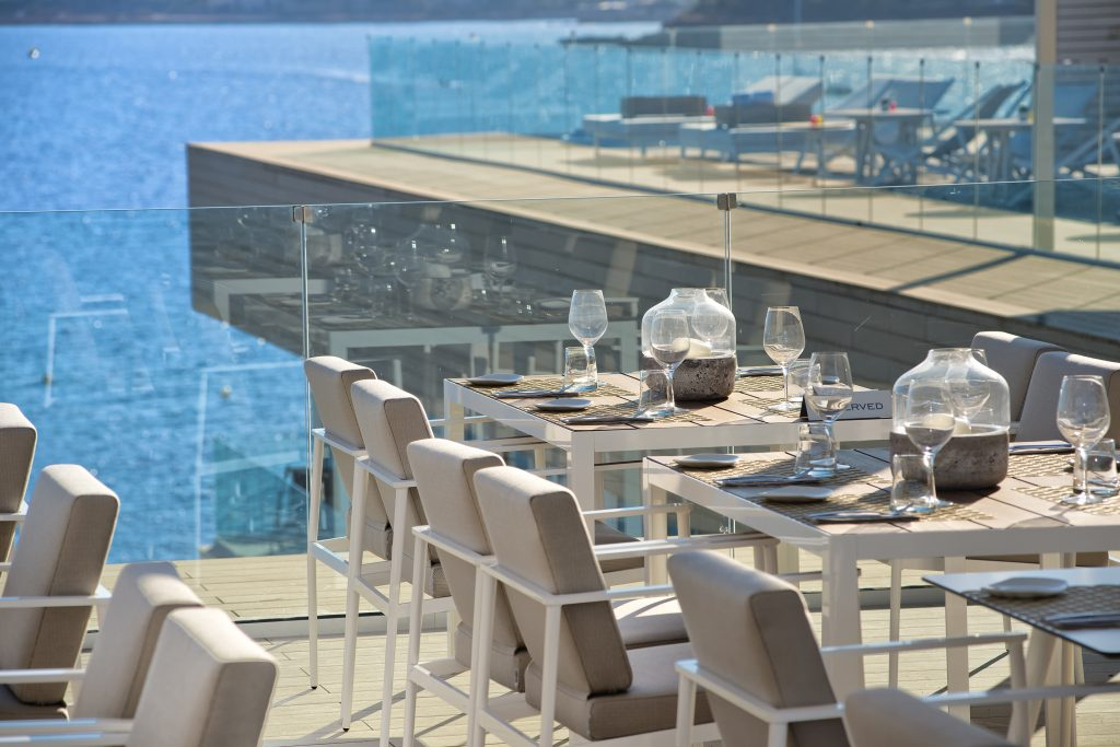 2-32cme_ibiza-rooftoprestaurant