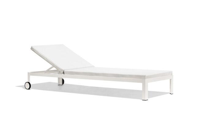nak_deckchair
