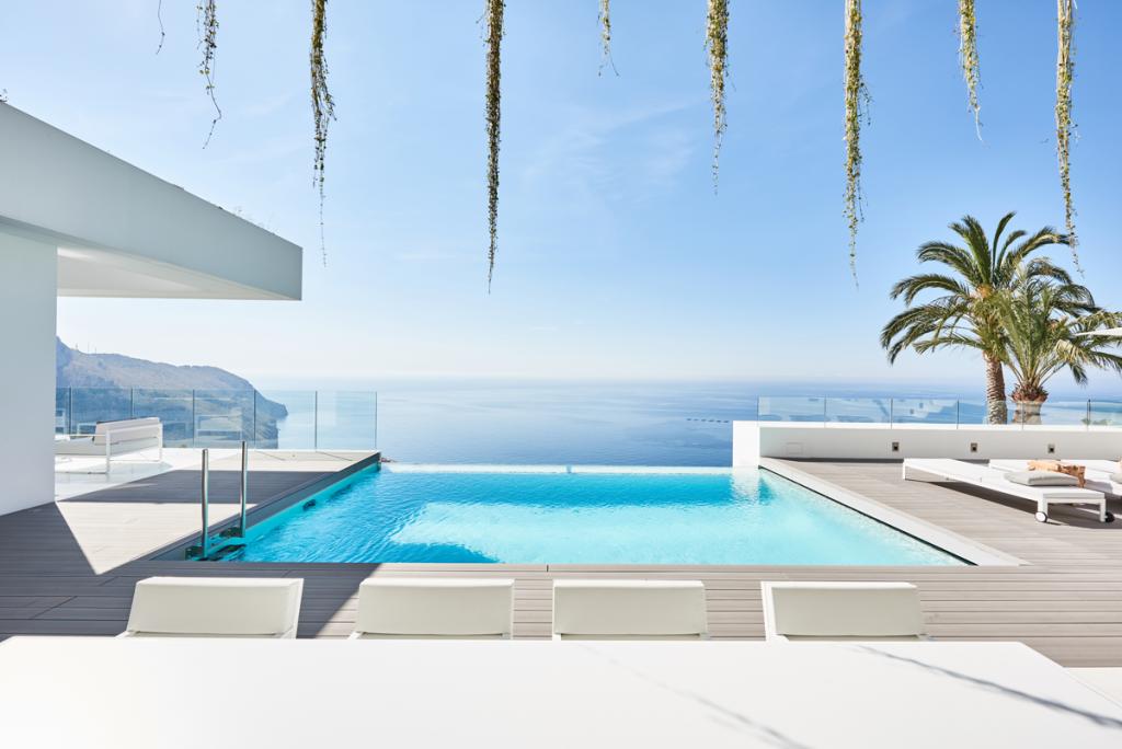 Pool and sea Altea outdoor furniture bivaq blueport altea luxury